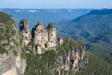 The Three Sisters and Rocky Sandstone Cliffs of the Blue Mountains