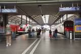 Passengers Rushing Through Lucerne Railway Station  Lucerne  Switzerland  Europe