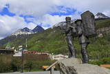 Prospector and Guide Monument  Skagway  Alaska  United States of America  North America