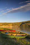 Canoeing along the White Cliffs of the Missouri River  Montana  USA