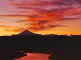Lake Billy Chinook  below Mt Jefferson  Jefferson County  Oregon  USA