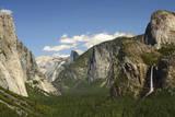 Bridal Veil Falls from Tunnel View  Yosemite NP  California  USA