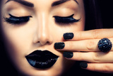 Beauty Fashion Model Girl with Black Make Up  Long Lushes