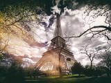 Instants of Series - Eiffel Tower - Paris  France