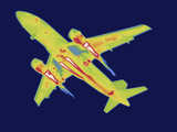 Thermal Image of an Airplane Landing at Reagan W National Airport