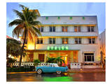 Ford Thunderbird Classic Car in front of the Avalon Hotel  Ocean Drive