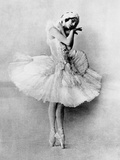 Anna Pavlova in the Role of the Dying Swan  C1905