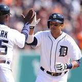 Mar 31  2014  Kansas City Royals vs Detroit Tigers - Victor Martinez