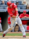 Apr 26  2014  Los Angeles Angels of Anaheim vs New York Yankees - Mike Trout