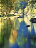 USA  California  Yosemite Autumn Reflection in the Merced River