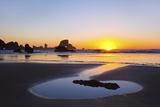 Sunset Along Arch Rock  Ecola State Park  Oregon Coast  Pacific Northwest  United States