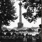 Street Cafe in the Rain  Colonne de Juillet  c1955