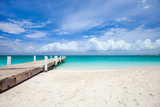 Beautiful Beach at Caribbean Providenciales Island in Turks and Caicos Papier Photo par BlueOrange Studio
