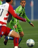 May 16  2009  Seattle Sounders FC vs FC Dallas - Osvaldo Alonso
