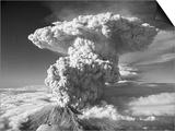Mt St Helens Erupting