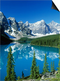 Wenkchemna Peaks and Moraine Lake  Banff NP  Alberta  Canada