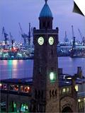 Landungsbrucken  Port of Hamburg  Germany