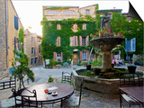 Place De La Fontaine in the Hilltop Village of Saignon