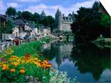 The River Oust and Castle  Josselin  Brittany  France