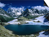 Lac Blanc and Mont Blanc Massif on the Tour Du Mont Blanc  Haute Savoie  Mont Blanc  France