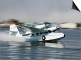 Float Plane Taking Off from Lake Hood  Anchorage  Alaska