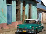 Typical Paved Street with Colourful Houses and Old American Car  Trinidad  Cuba  West Indies