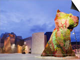 The Guggenheim  Designed by Architect Frank Gehry  and Puppy  the Sculpture by Jeff Koons