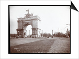 View of a Horsedrawn Carriage at an Entrance to Prospect Park  Brooklyn  1903