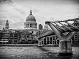 Millennium Bridge and St Paul's Cathedral - City of London - UK - England - United Kingdom