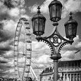 Royal Lamppost UK and London Eye - Millennium Wheel and River Thames - City of London - UK