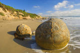 Moeraki Boulders Massive Spherical Rocks Which