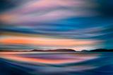 Coastlines (In Blue) Papier Photo par Ursula Abresch