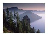 Wizard Island in the center of Crater Lake  Crater Lake National Park  Oregon