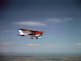 Cessna Skyhawk Flying