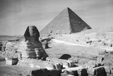 Sphinx and Great Pyramid of Gizeh