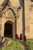 Myanmar Taj Mahal Unfinished Pagoda Monks Mandalay Myanmar