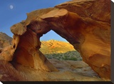 Arch Rock and moon  Valley of Fire State Park  Nevada