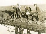 Eeling in Kent  1930S