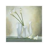 Vases blancs avec arums Giclée par Lisa Corradini