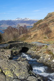 Ashness Bridge Overlooking Lake Derwentwater and Skiddaw  Keswick  Northern Lakes