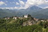 View of Medieval Hill Town and Duomo Di San Cristoforo  Barga  Garfagnana  Tuscany  Italy  Europe