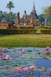 Wat Mahatat  Sukhothai Historical Park  Sukhothai  Thailand  Southeast Asia  Asia