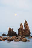 Full Moon Rising over Rock Stacks  Hashikuiiwa  Wakayama Prefecture  Honshu  Japan  Asia