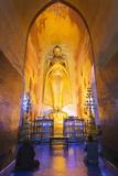 Buddha Statue  Ananda Temple  Bagan (Pagan)  Myanmar (Burma)  Asia