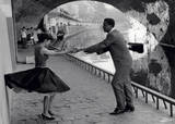 Rock 'n' Roll Dancers on Quays of Paris, River Seine, 1950s Reproduction d'art par Paul Almasy
