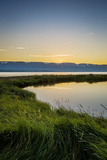 Midnight Sun over Eyjafjordur, Akureyri, Iceland Papier Photo par Green Light Collection