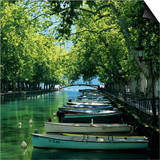 Boats Along Canal  Annecy  Lake Annecy  Rhone Alpes  France  Europe