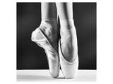 Ballerina's Pointes Black&White