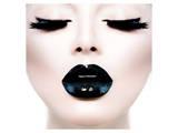 Model Black MakeUp Long Lushes