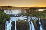 Brazil, Parana, Iguassu Falls National Park (Cataratas Do Iguacu) (Unesco Site) Papier Photo par Michele Falzone